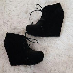 Platform Booties!! Elle  -  Size 6
